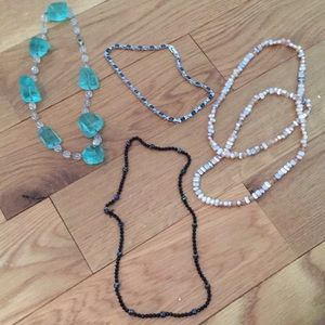 Jewelry - Necklace assortment